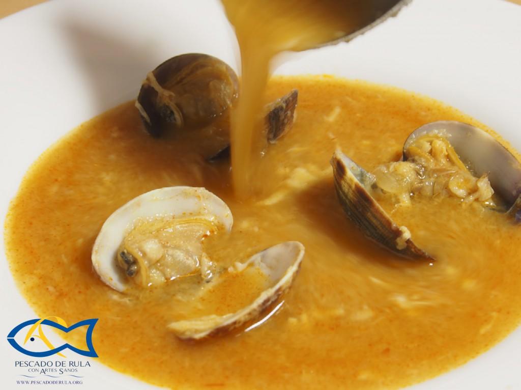 sopa de merluza pescado de rula con Marisco